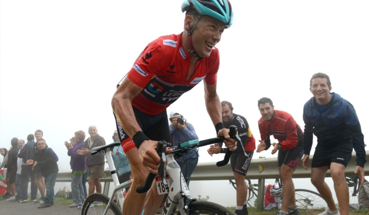 Chris Horner arrives in Mallorca to meet his new team - and his new bike.
